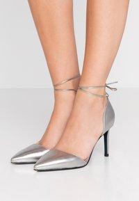 Patrizia Pepe - High heels - winter silver - 0