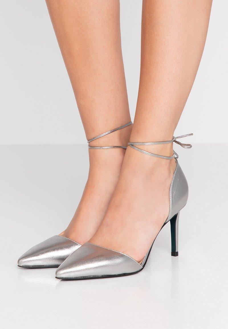 Patrizia Pepe - High heels - winter silver