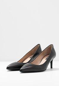 Patrizia Pepe - Classic heels - nero - 4