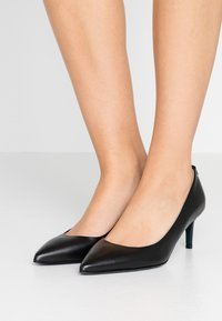Patrizia Pepe - Classic heels - nero - 0