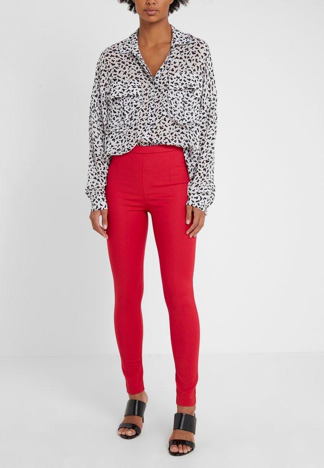 Spodnie materiałowe - red lipstick