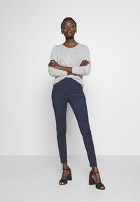 Patrizia Pepe - HIGH WAIST PANT - Trousers - navy - 1