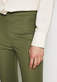 Patrizia Pepe - HIGH WAIST PANT - Pantalon classique - olive green - 4