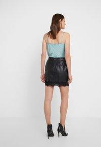 Patrizia Pepe - Mini skirt - nero - 2