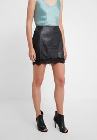 Patrizia Pepe - Mini skirt - nero - 0