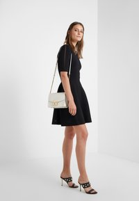 Patrizia Pepe - Jumper dress - nero - 1