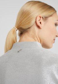 Patrizia Pepe - ABITO DRESS - Sukienka letnia - moon silver - 4
