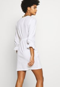 Patrizia Pepe - ABITO DRESS - Kjole - white - 5