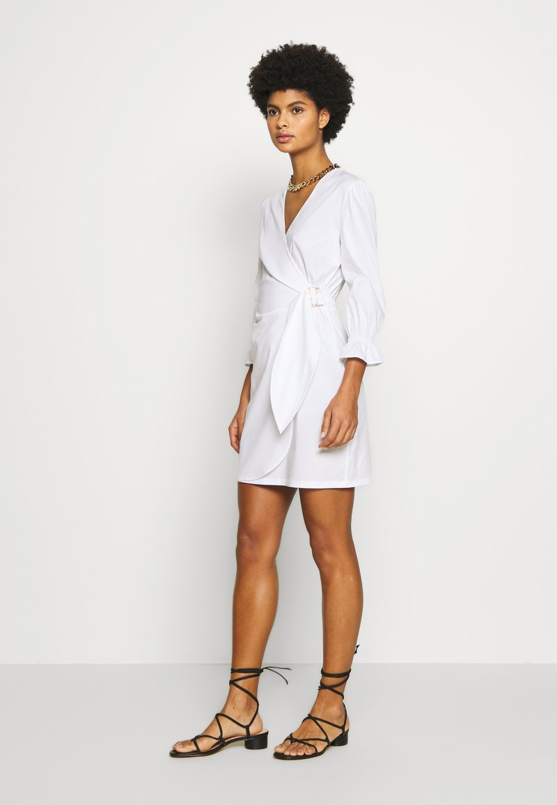 Patrizia Pepe - ABITO DRESS - Kjole - white