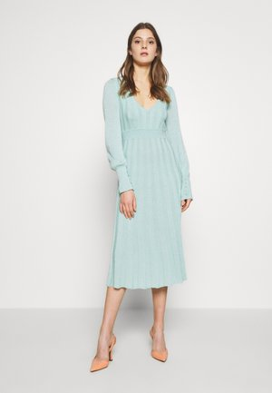 ABITO DRESS - Strikket kjole - mint