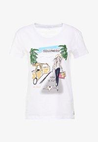 Patrizia Pepe - MAGLIA - T-shirt imprimé - bianco/losangeles - 3