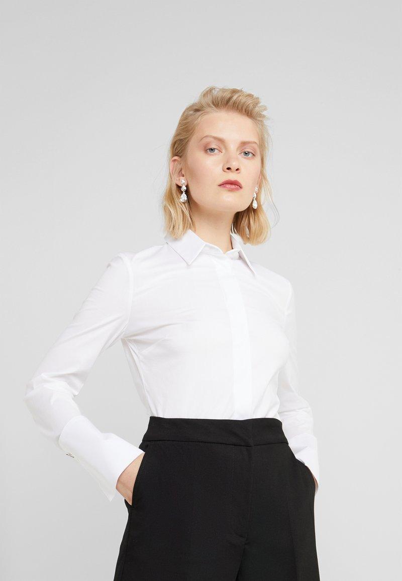 Patrizia Pepe - CARRY OVER - Skjorte - bianco ottico