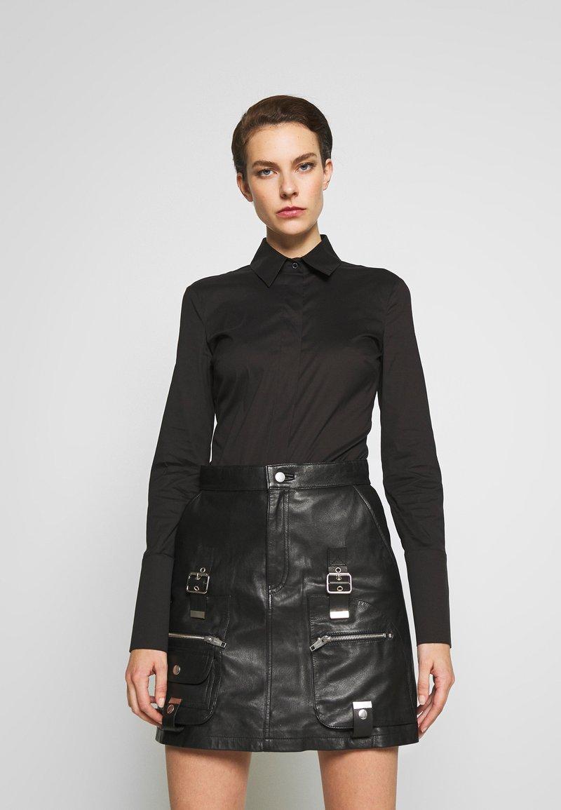 Patrizia Pepe - CARRY OVER - Button-down blouse - nero