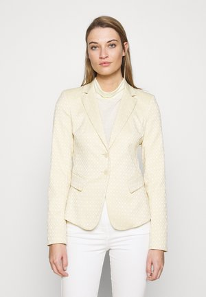 IN ENGER PASSFORM - Blazer - sand yellow