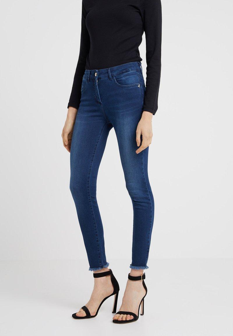 Patrizia Pepe - Jeansy Skinny Fit - mid blue