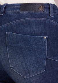 Patrizia Pepe - Jeansy Skinny Fit - blue wash - 4
