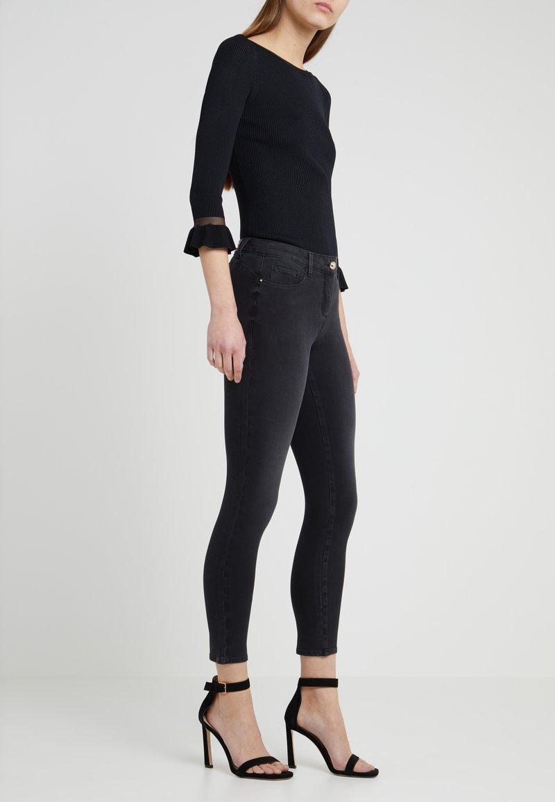 Patrizia Pepe - Jeans Skinny Fit - black medium wash