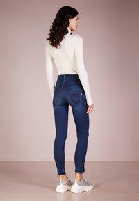 Patrizia Pepe - Jeans Skinny Fit - mid blue - 2