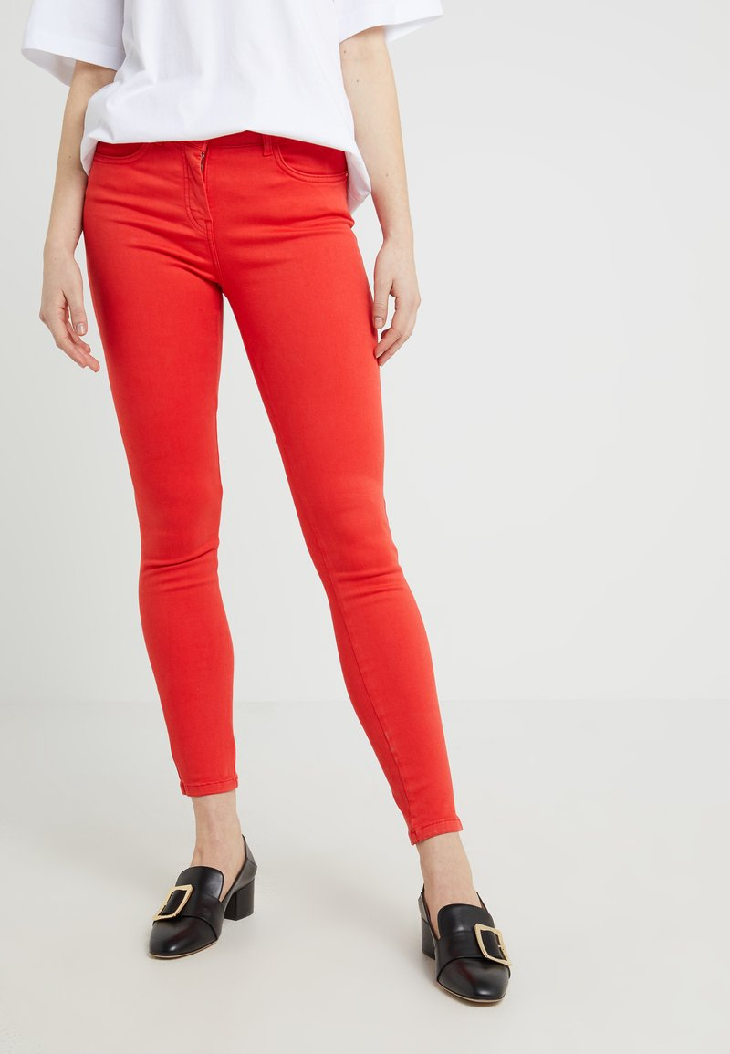 Patrizia Pepe - Jeans Skinny Fit - mars red