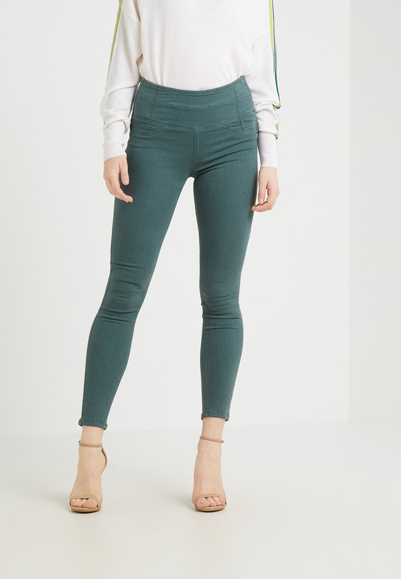 Patrizia Pepe - Pantalon classique - self green