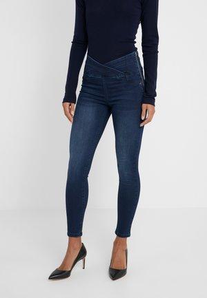 Jeans Skinny - wash blue