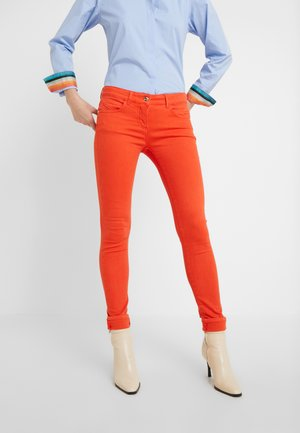 LOW WAIST - Jeans Skinny Fit - very berry