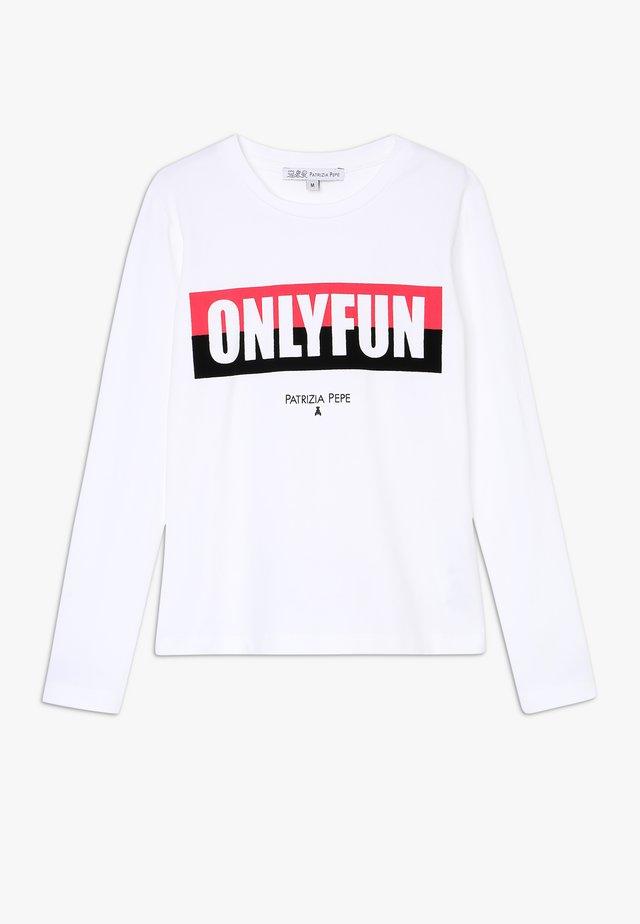 ONLYFUN - Langærmede T-shirts - bianco