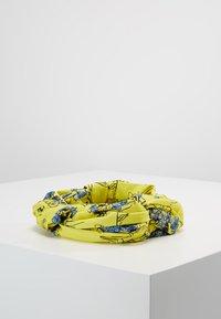 Patrizia Pepe - FASCIA HAIRBAND - Hair styling accessory - yellow flowers - 0