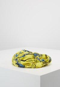 Patrizia Pepe - FASCIA HAIRBAND - Hair styling accessory - yellow flowers - 2