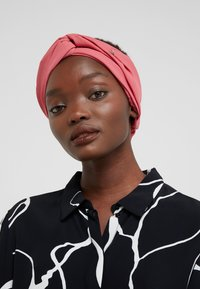 Patrizia Pepe - TURBAN - Čelenka - dusty rose - 1