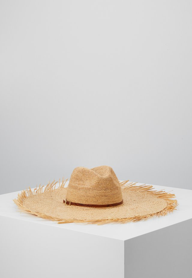 CAPPELLO FALDA LARGA - Chapeau - sand