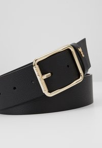 Patrizia Pepe - CINTURA VITA BASSA - Belt - nero/gold-coloured - 5