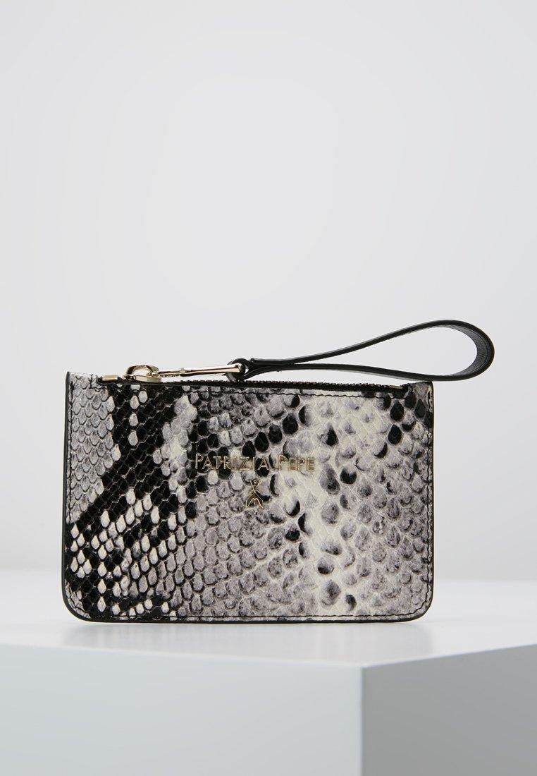 Patrizia Pepe - COIN WALLET - Wallet - python grey