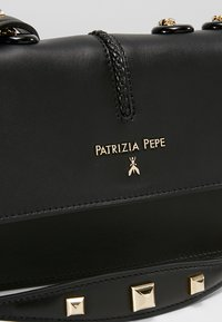 Patrizia Pepe - Borsa a mano - nero - 6