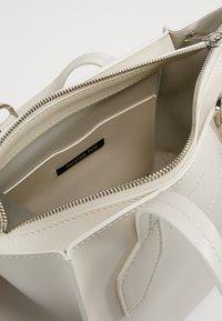 Patrizia Pepe - BORSA BAG - Handbag - moon sand - 4