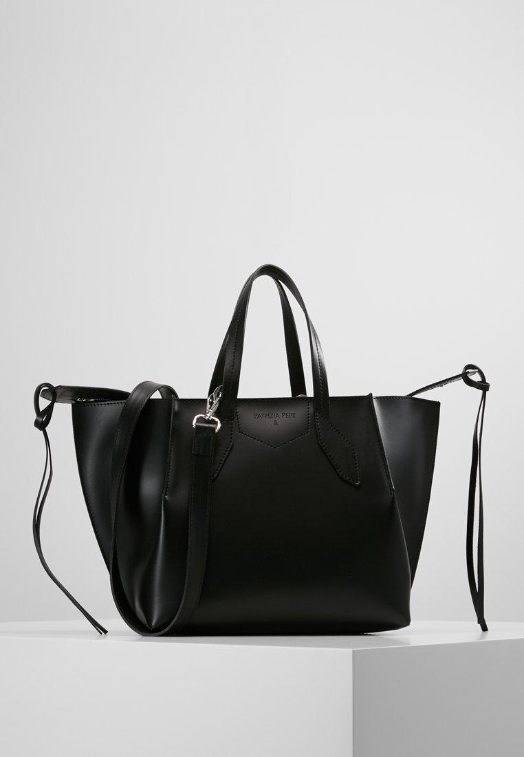 Patrizia Pepe - BORSA BAG - Handbag - nero