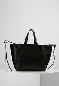Patrizia Pepe - BORSA BAG - Handbag - nero - 2