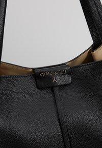 Patrizia Pepe - BORSA GRANDE - Handbag - nero - 7