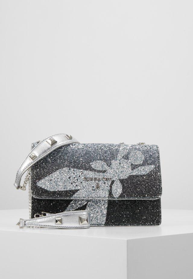 MINI BAG PIPING GLITTER FLY - Olkalaukku - black degrade