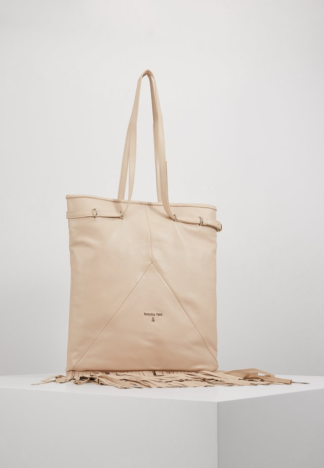 BORSA HOBO CON FRANGE - Shopping Bag - sand