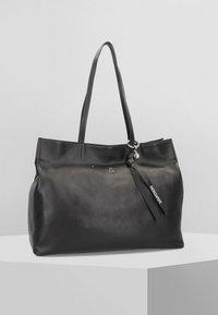 Patrizia Pepe - Shopping bag - nero - 0