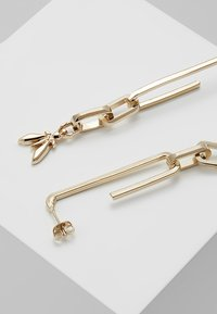 Patrizia Pepe - ORECCHINI CON PENDENTI FLY - Earrings - gold-coloured - 2