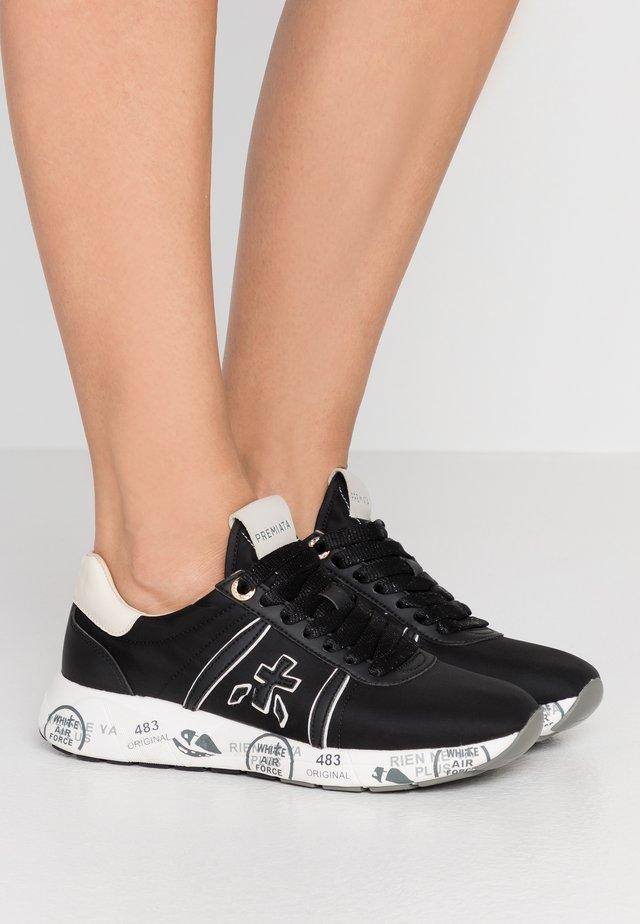 MATTEW - Sneaker low - black