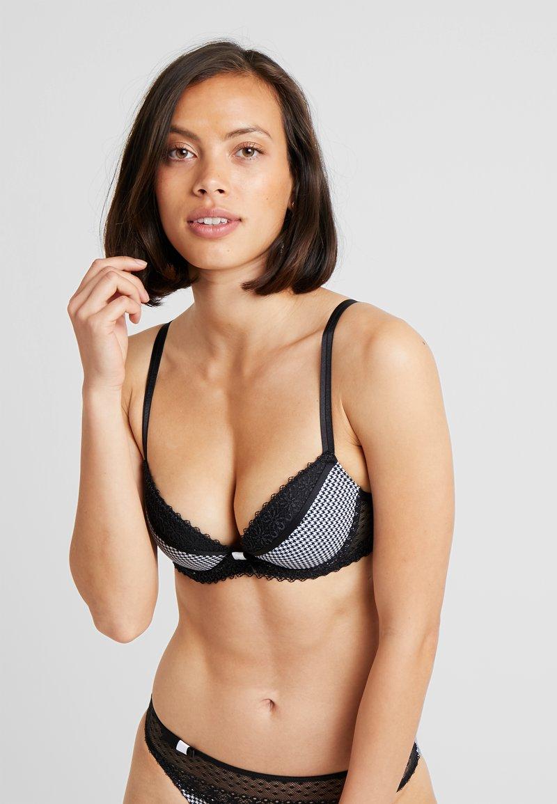 Passionata - LOVELY - Underwired bra - black/white