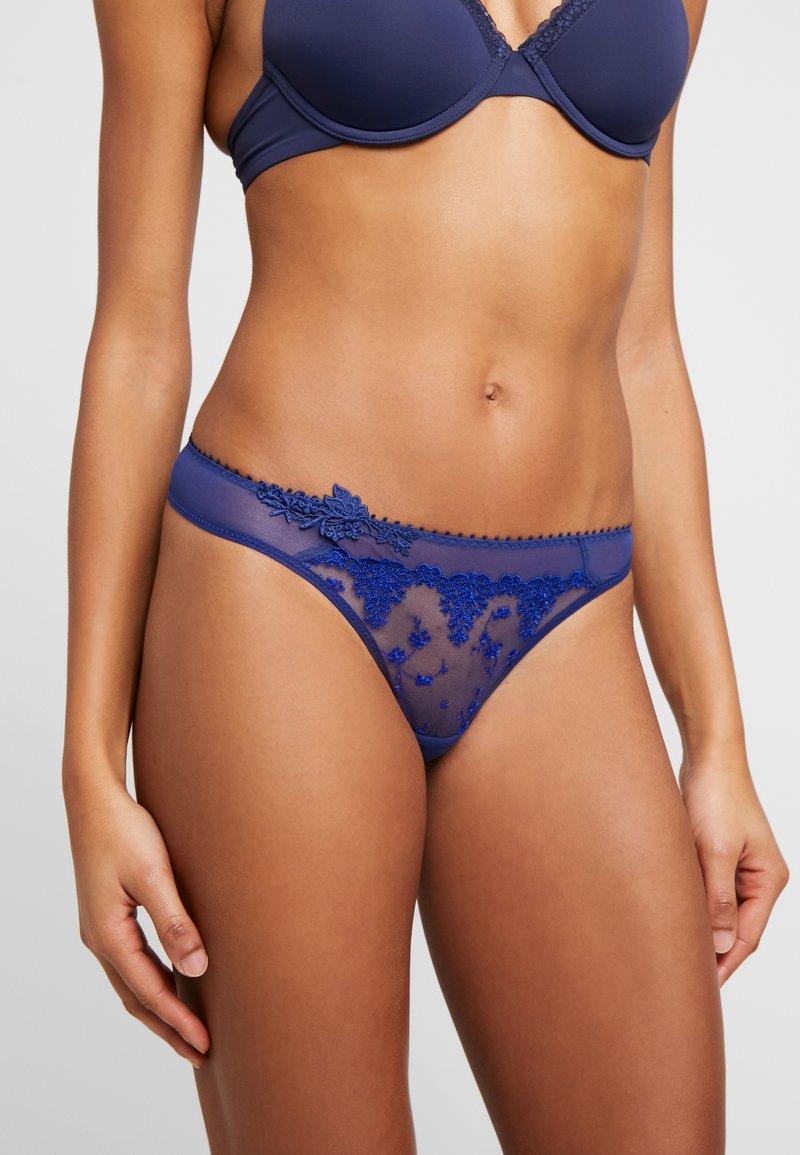 Passionata - NIGHTS - String - bleu etincelant