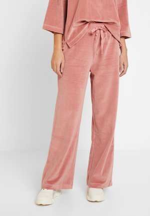 AIDE - Tracksuit bottoms - rose dawn
