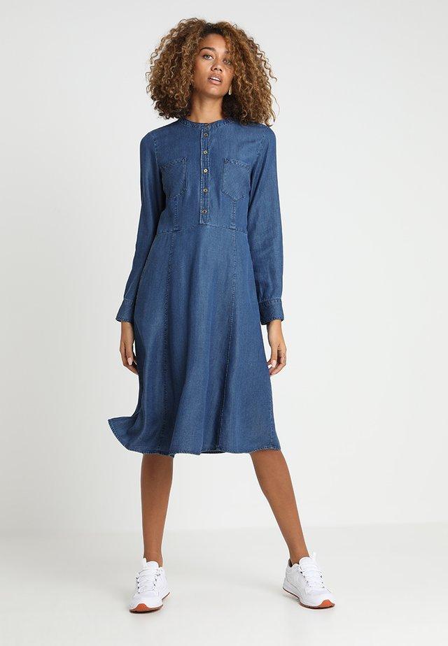 OPALINE - Denim dress - dark denim