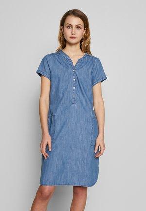 AMINAS - Korte jurk - light blue denim