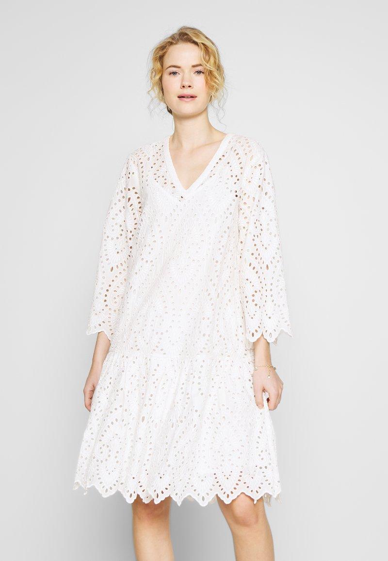Part Two - BLONDIE - Robe d'été - bright white