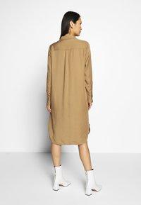 Part Two - BLEONA - Košilové šaty - chipmunk - 2